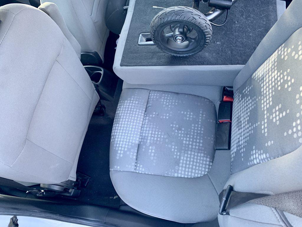 Glion SnapNGo in car